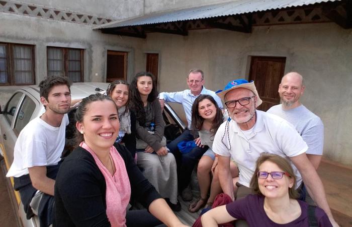 Il gruppo in Mozambico.