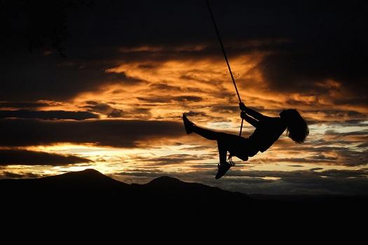 """Lasciarsi muovere dal vento significa fidarsi dello Spirito, """"rinascere dall'alto"""", accettare di non aver tutto per forza sotto controllo"""