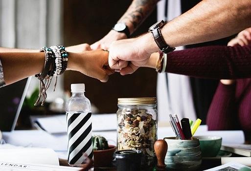 Coltivare un cuore integro e in comunione significa anche essere saggi nelle relazioni.